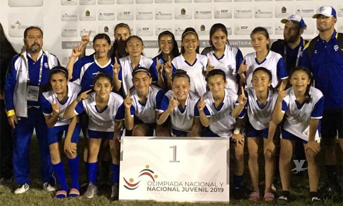 Gana Baja California medalla de oro en torneo de fútbol femenil