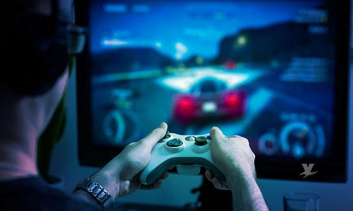 Hombre mata de un puñetazo a su bebé de un mes de edad después de perder en un videojuego