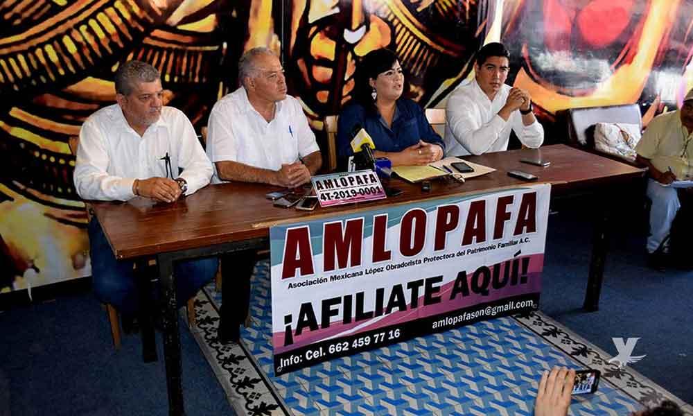 """Organización crea """"AMLOPAFA"""", buscan legalizar 'autos chocolates'"""
