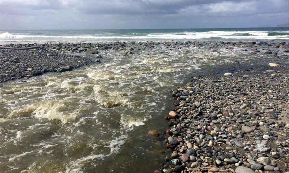 Playas de Baja California contaminadas por desechar el agua tratadora al mar