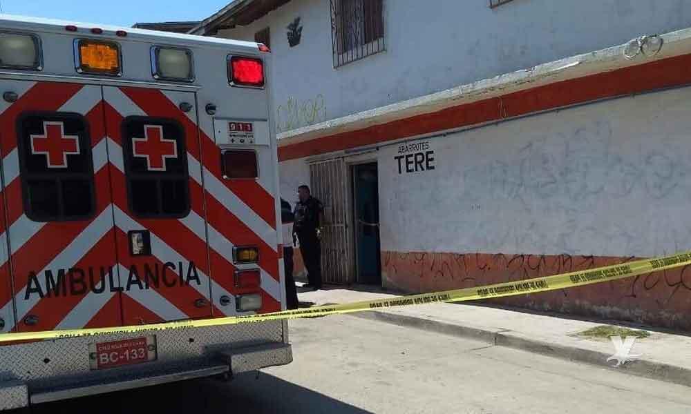 Ejecutan a joven dentro de tienda en Tecate