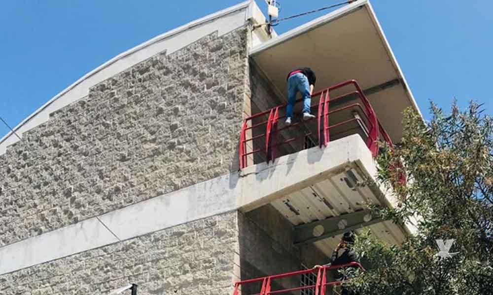 Joven estudiante de Tijuana amenazó con suicidarse por reprobar una materia y no pasar el año escolar