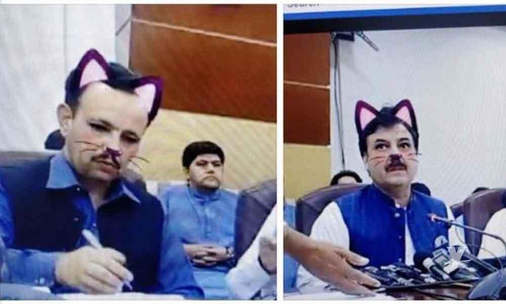 Ministro olvida quitar filtro de 'gatito' y realiza Facebook Live con orejas y bigotes