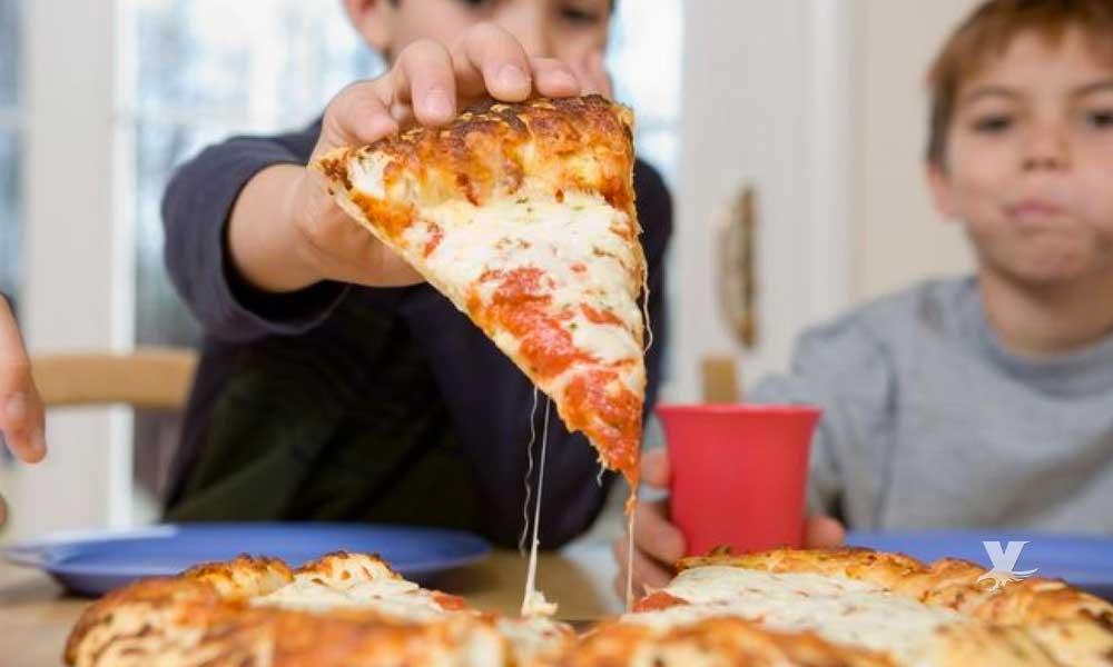Enfermedades que puedes adquirir si comes Pizza continuamente