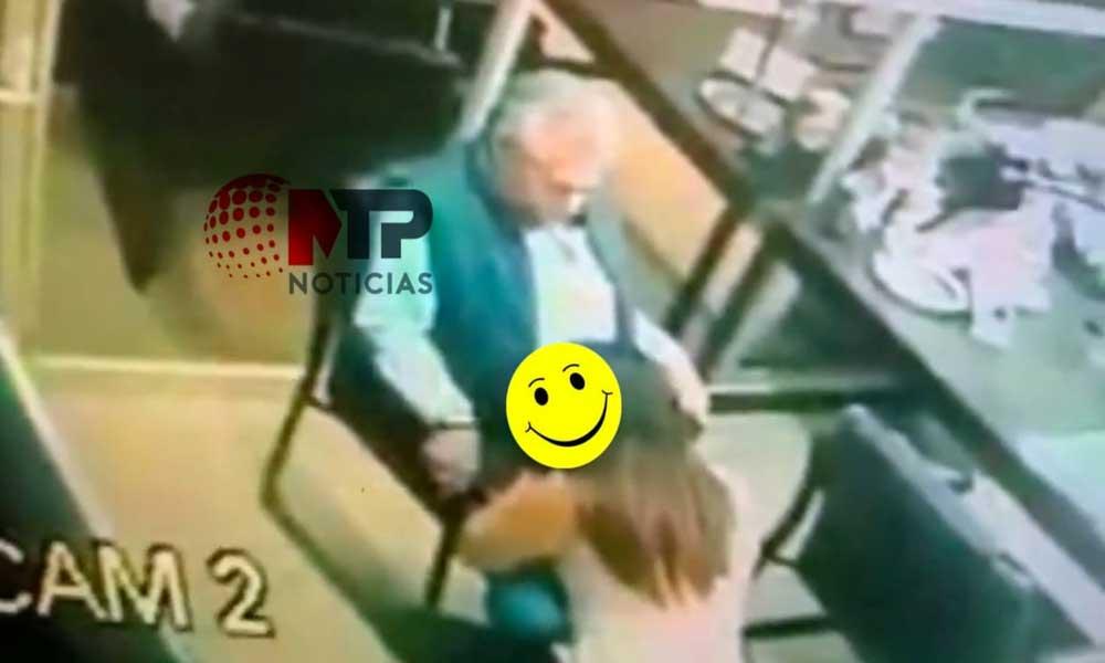 Despiden a mujer que dio sexo oral a funcionario de la CFE, él sigue en su puesto