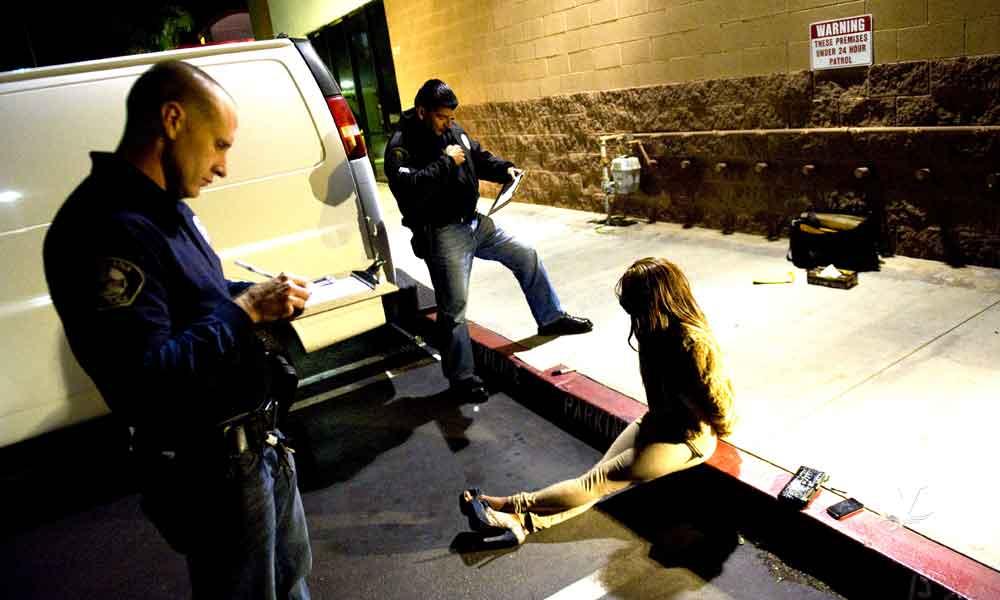 Seis hombres son arrestados en San Diego por solicitar favores sexuales a menores de edad