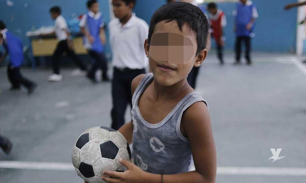 """Grupo de amigos viola a niño sólo """"para dejarlo jugar futbol con ellos"""""""
