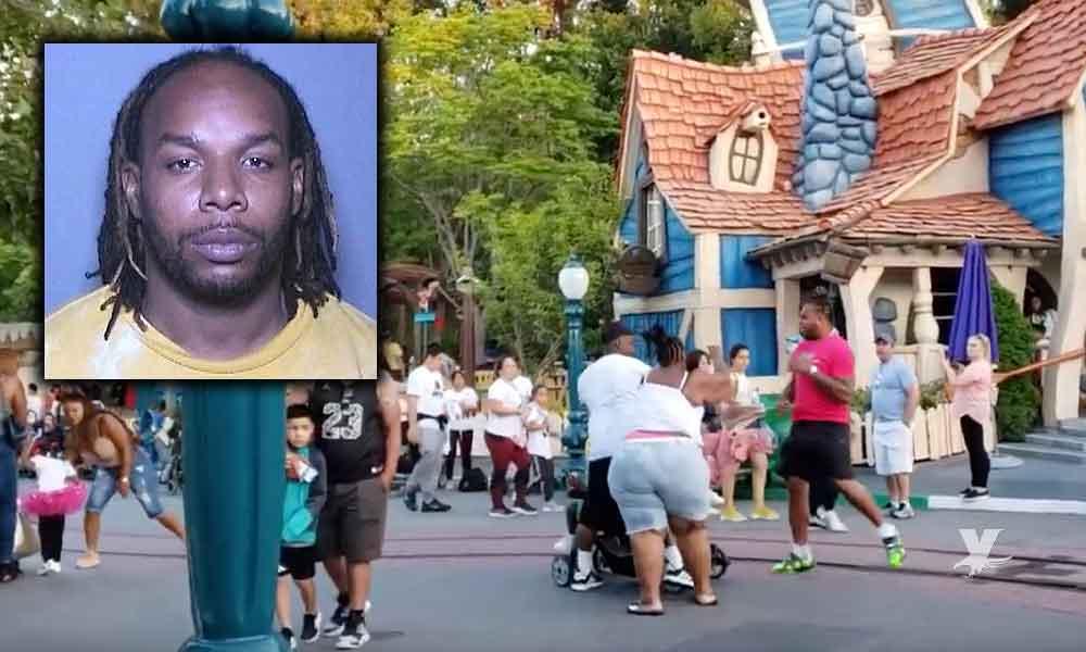 (VIDEO) Hombre que peleó dentro de Disneyland podría pasar 7 años en prisión