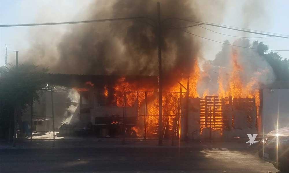Rescatan a adulto mayor de incendio en Mexicali