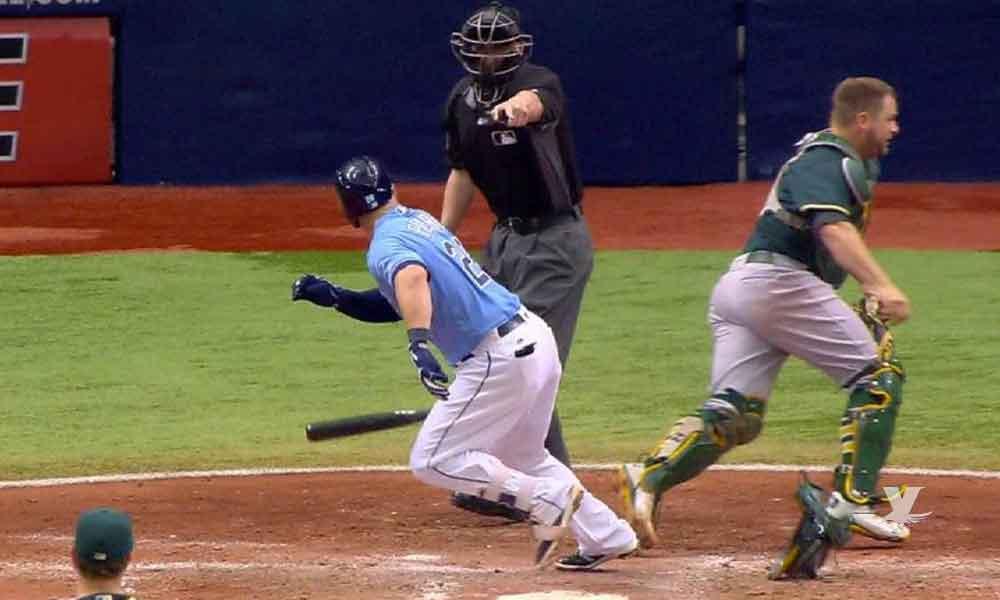 MLB experimentará permitir el robo de primera base a los bateadores
