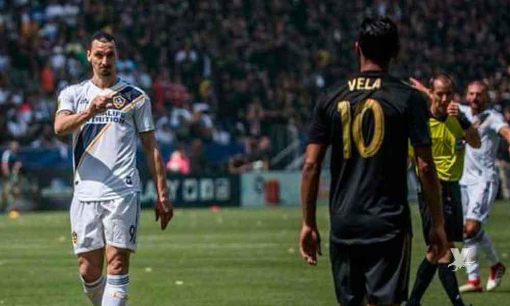 Zlatan dice que Carlos Vela es malo para jugar futbol