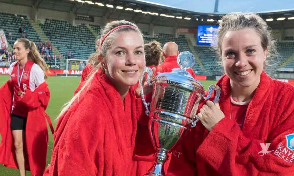 Ajax igualará salarios entre sus equipos femenil y varonil