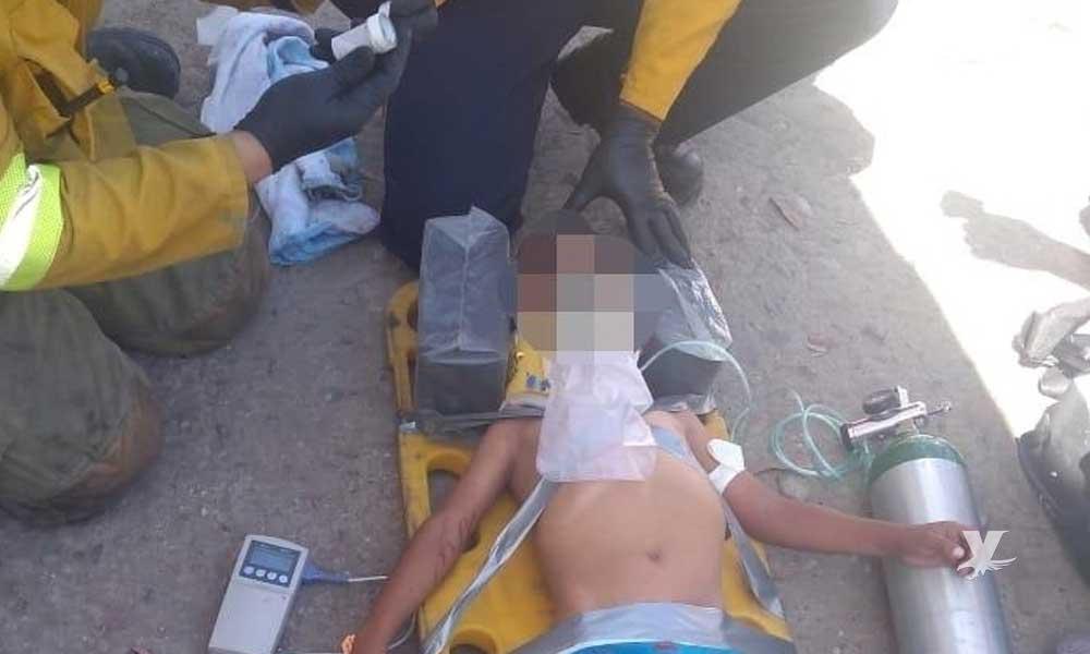 Niño es atendido después de ser aplastado por una barda en Tijuana