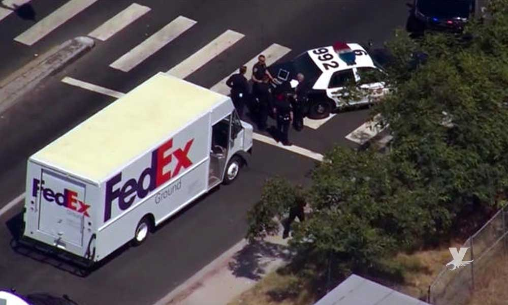 Recuperan camión de FedEx robado en San Diego