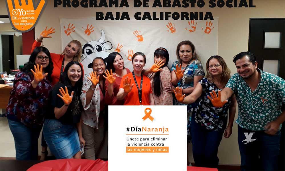 Personal administrativo de LICONSA conmemora el 'Día Naranja', por la NO violencia contra niñas y mujeres