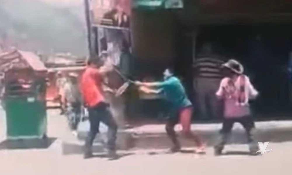 """(VIDEO) Hombre mueren tras pelear con cuchillos por """"el amor de una mujer"""""""