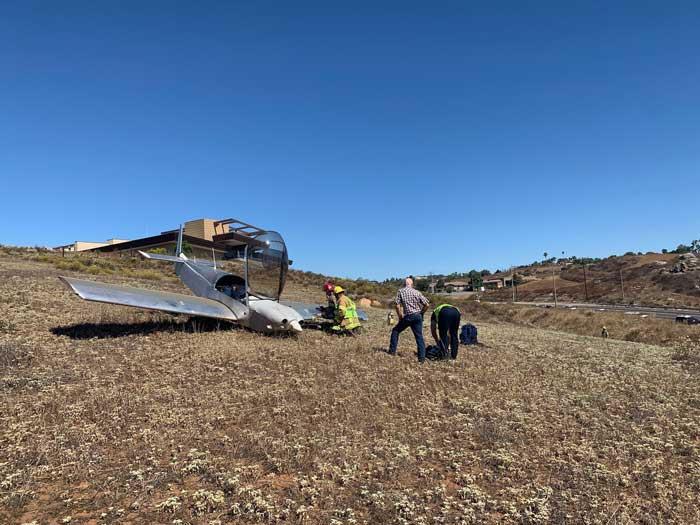 Avioneta impacta en Jamul; piloto herido