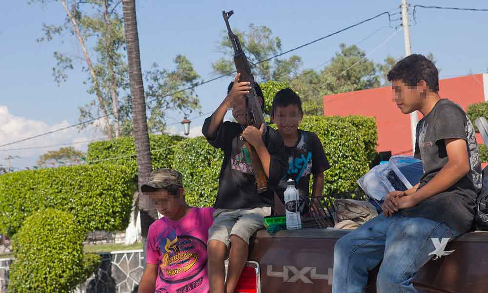 Grupo armado 'levanta' a niño que se creía sicario y vendía droga a sus compañeros de secundaria