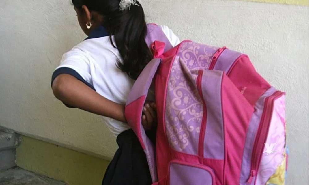 ¡Mochilas que pesan más que los propios niños! ¿Cuánto debe pesar una mochila?