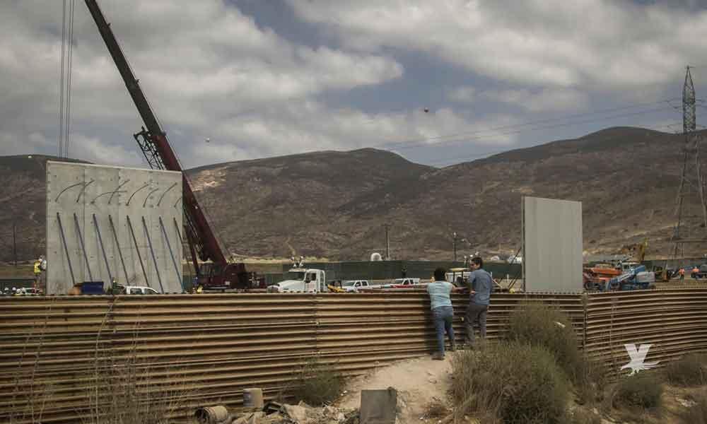Concluyen en San Diego el reemplazo del muro fronterizo