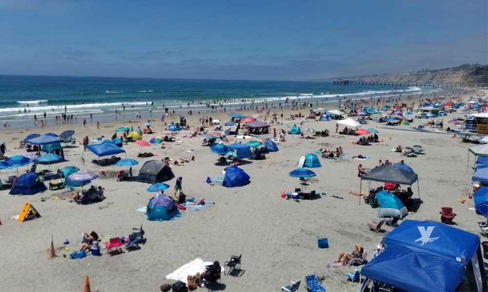 Socorristas rescatan a 52 personas en las playas de San Diego
