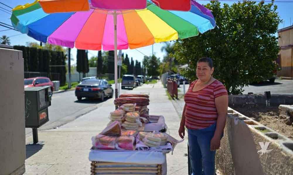 Autoridades buscan disminuir el número de vendedores ambulantes en San Diego