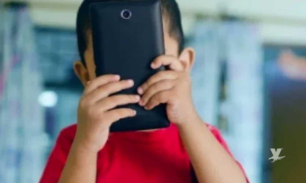 Se suicida niño de 8 años porque su mamá le quitó el celular