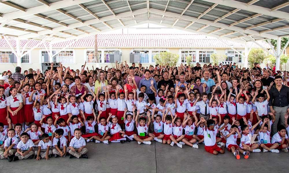 Inauguran primera escuela pública bilingüe en Mexicali y Tecate