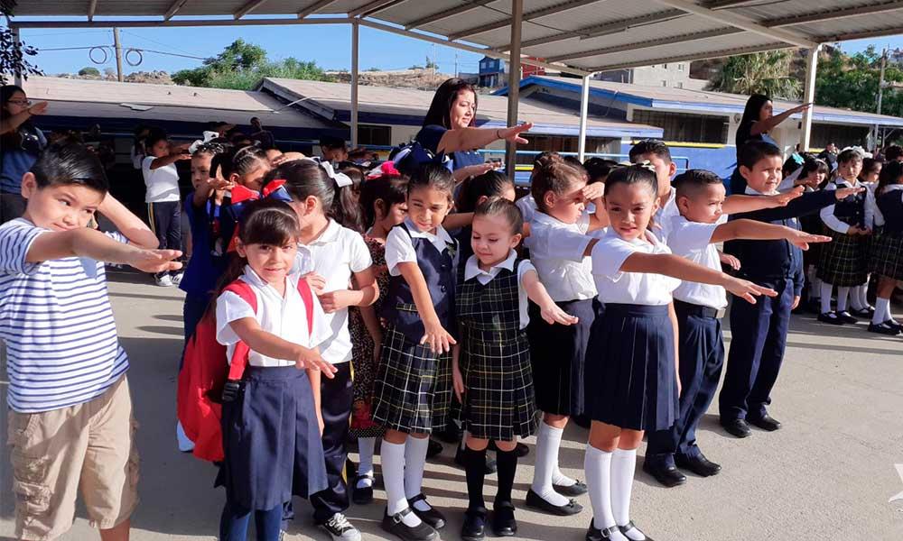 Alumnos de educación básica cuentan con seguro escolar en Tecate