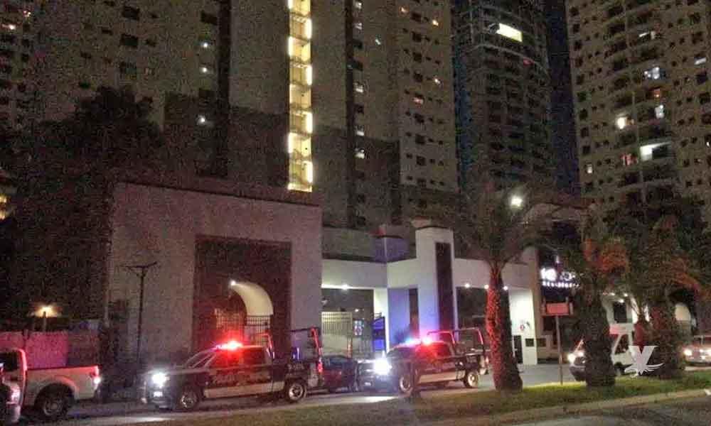Se suicida mujer arrojándose del piso 20 de hotel en Tijuana