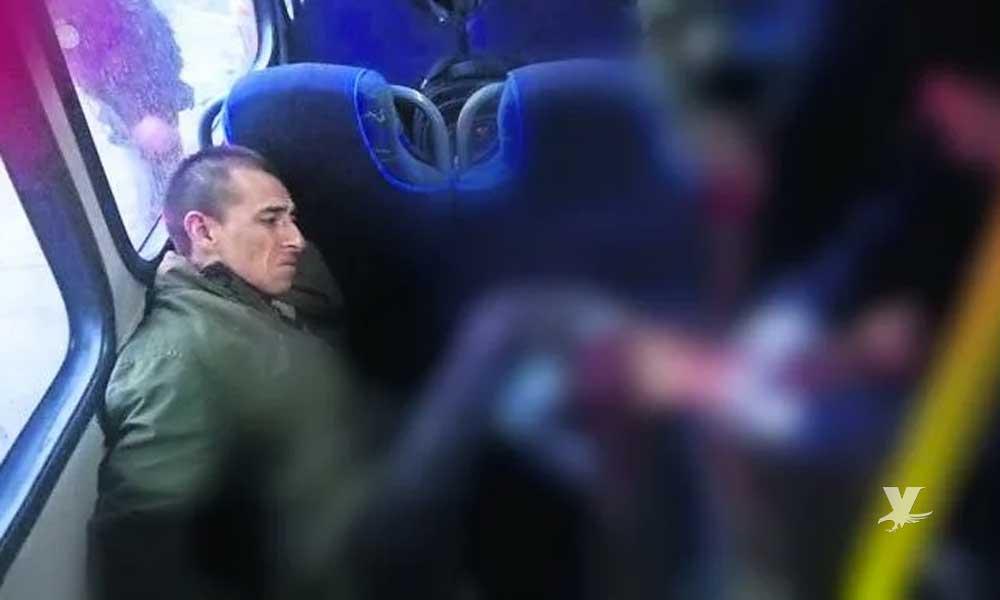 """""""Justiciero anónimo"""" mata a un ladrón y lesiona a otro, intentaban robar pertenencias en el transporte público"""