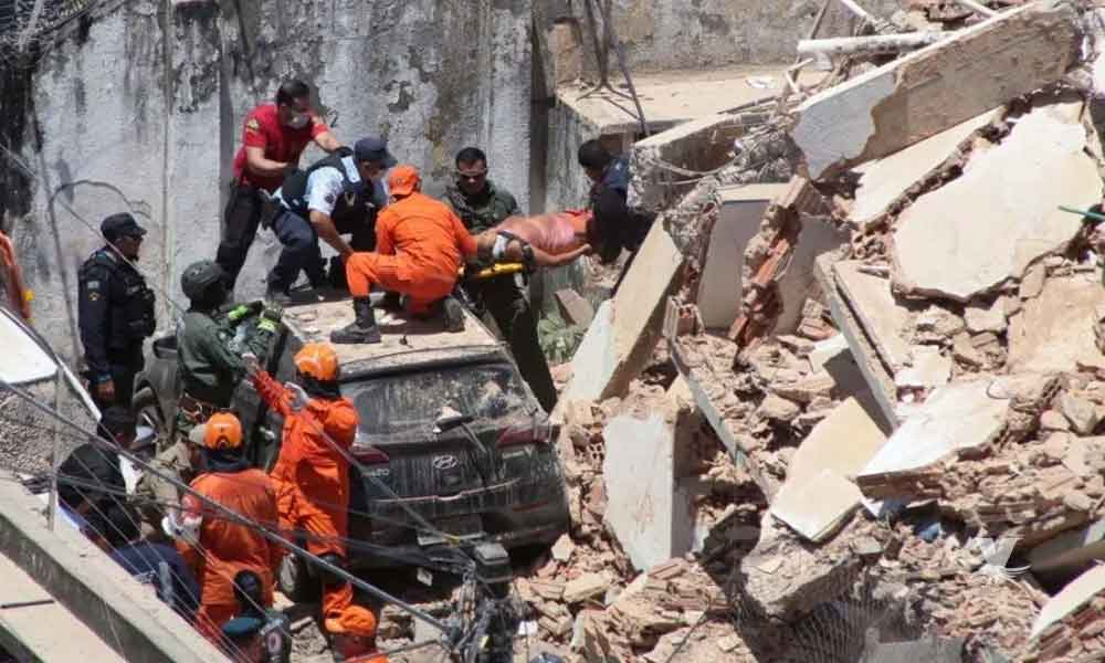 Se derrumba edificio en Brasil, se reportan dos personas muertas