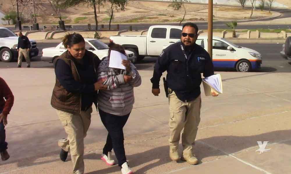 Detiene a abuela que mató y calcinó a su nieto de 8 años en Baja California