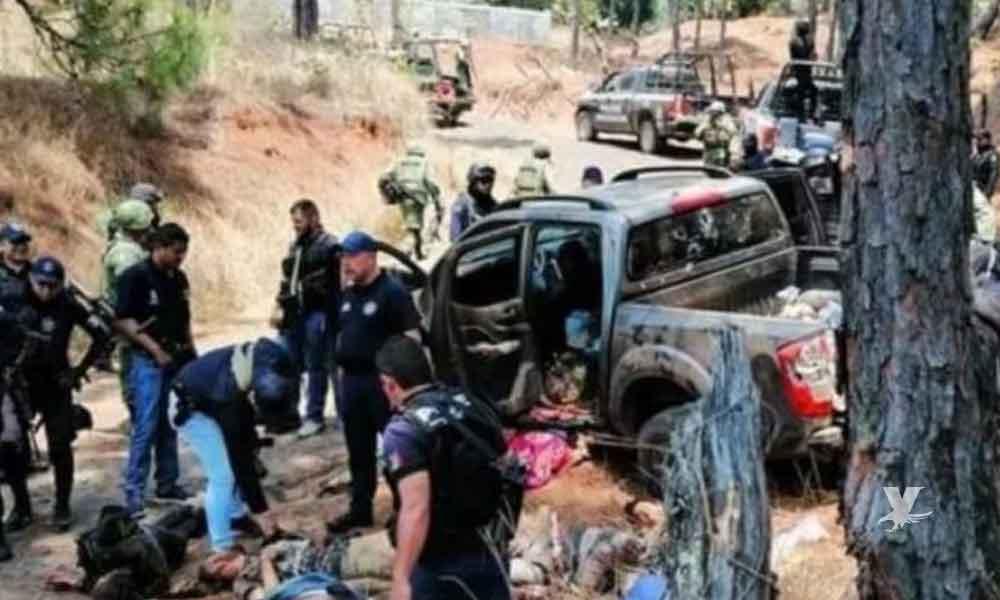 Sicarios de bandas rivales se enfrentan por tres horas a disparos en Michoacán