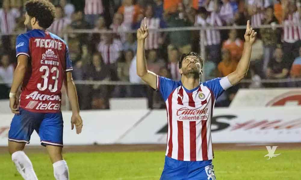 Oribe Peralta anota gol para romper su mala racha y dar el triunfo a Chivas