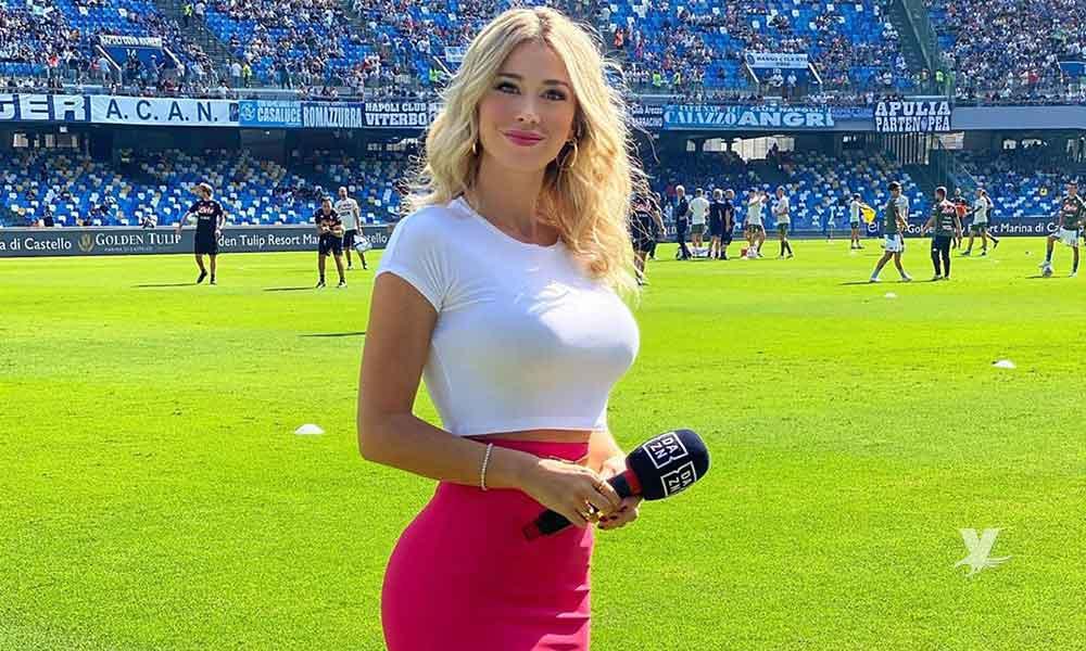 """(VIDEO) """"Porra machista"""" del Napoli grita a reportera deportiva que 'enseñe los senos'"""