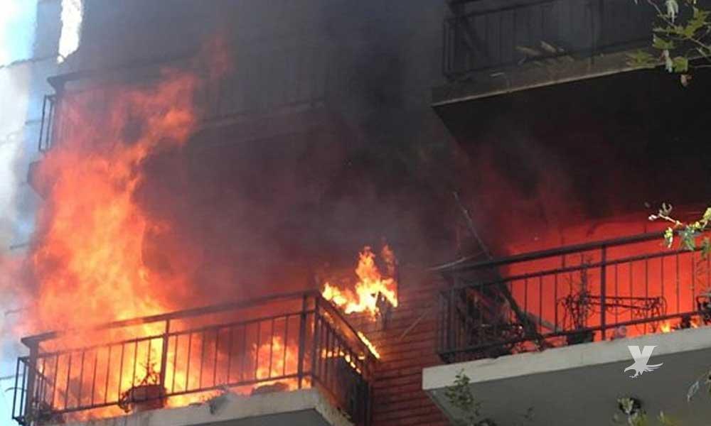 Mujer quemaba las cartas de su ex pareja y terminó incendiando la casa