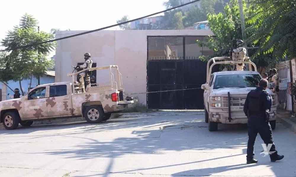 Detienen a 3 policías de Tijuana acusados de secuestrar y torturar a una familia