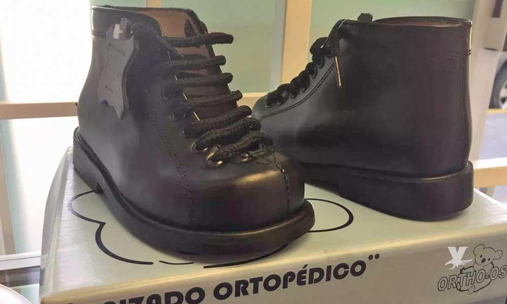 Usar zapatos ortopédicos no ayuda a corrigen el pie plano