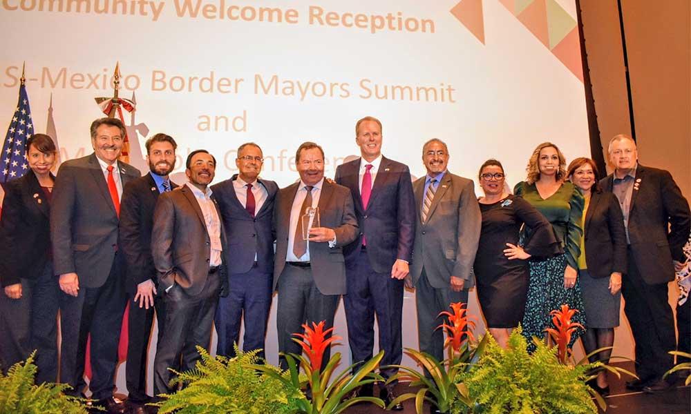 Alcaldes fronterizos firman compromiso para colaborar en coordinación