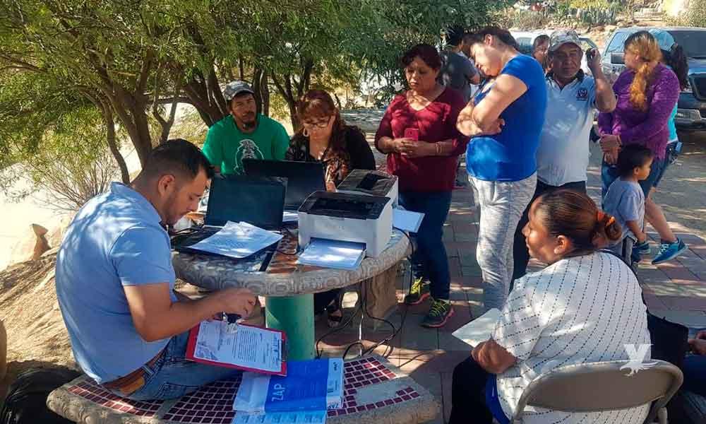 Protección Civil de Tecate entrega constancias a los afectados por los incendios para facilitar los trámites de documentos