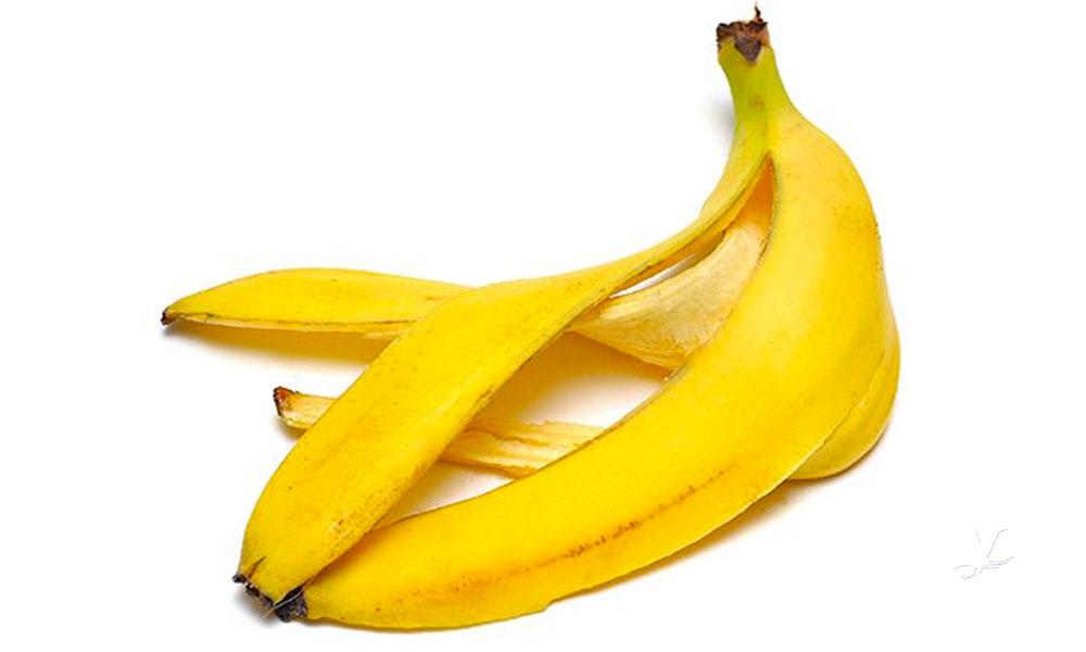 Nutriólogos recomiendan comer cáscara de plátano para bajar de peso
