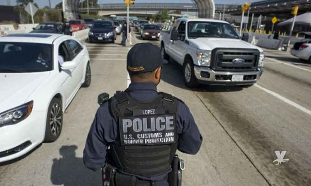 Detienen en garita de San Ysidro a hombre que intentó cruzar a EEUU con 6 chinos escondidos