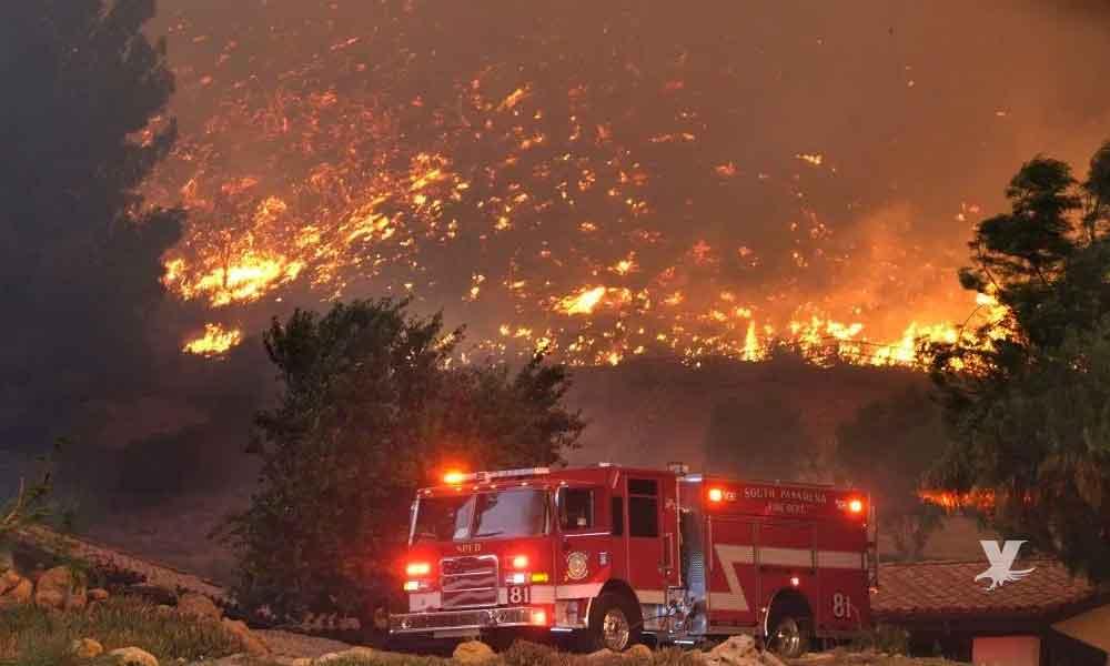 Trump amenaza con recortar fondos para incendios en California