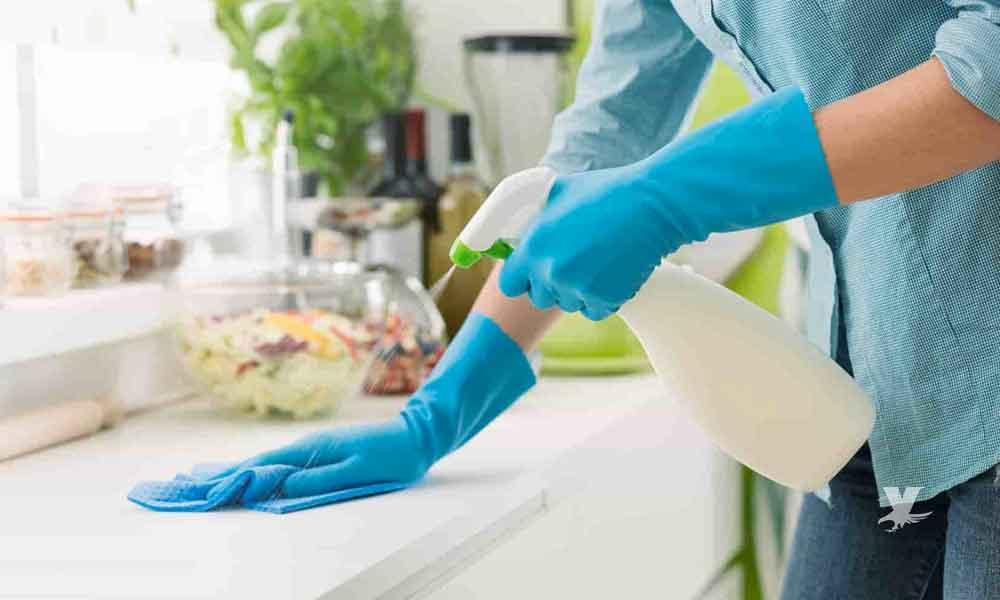 Limpiar con cloro puede dañar la salud