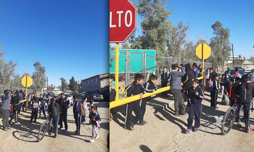 Padres de familia toman instalaciones de la escuela Lázaro Cárdenas a falta de maestros en Tecate