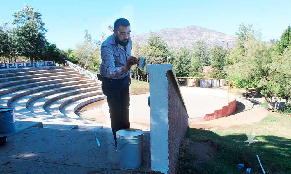 Va Regidor Alfonso Zacarías por el rescate de los parques públicos de Tecate