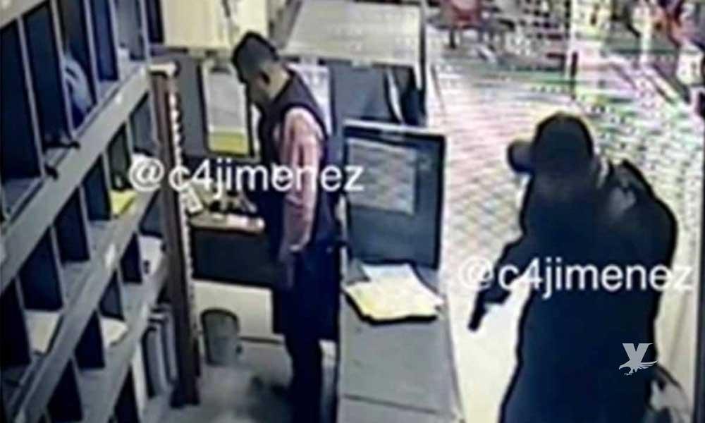 Secuestran a gerente de Soriana para que abriera las puertas y robar los cajeros