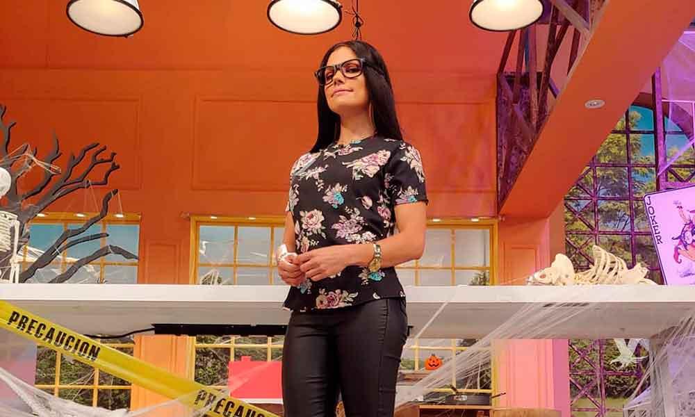 (FOTO) Tabata Jalil llega al programa disfrazada de Sarita Sosa