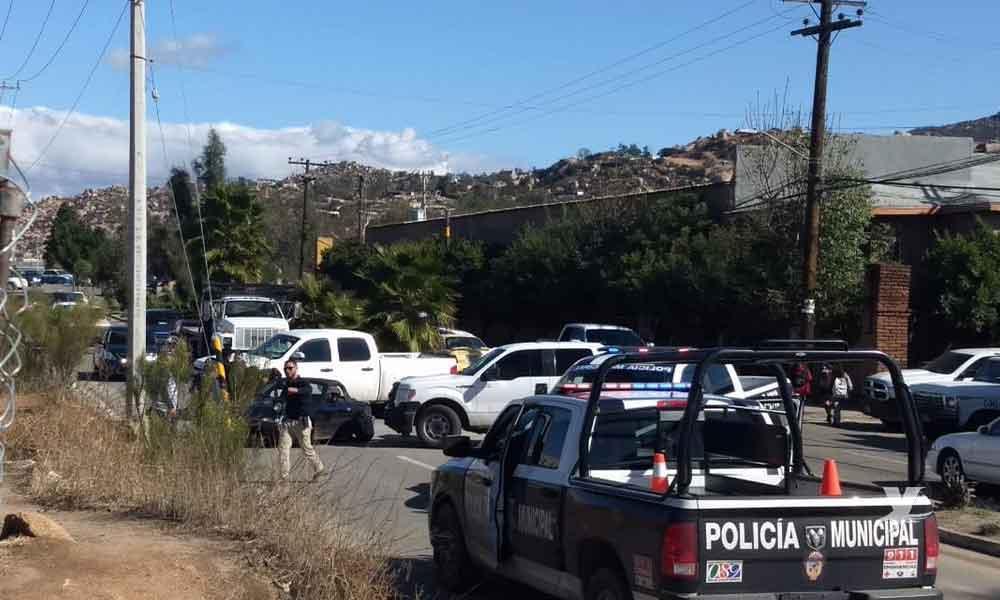 (VIDEO) Detienen en Tecate a sospechoso de balacera en colonia Maclovio Herrera